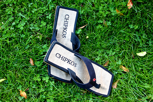 Giveaway! Chipkos Sandals – Comfort with a Cause