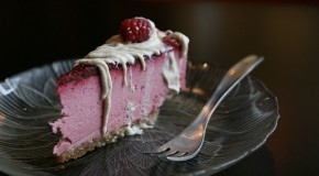 Recipe: Raw Raspberry Cheesecake