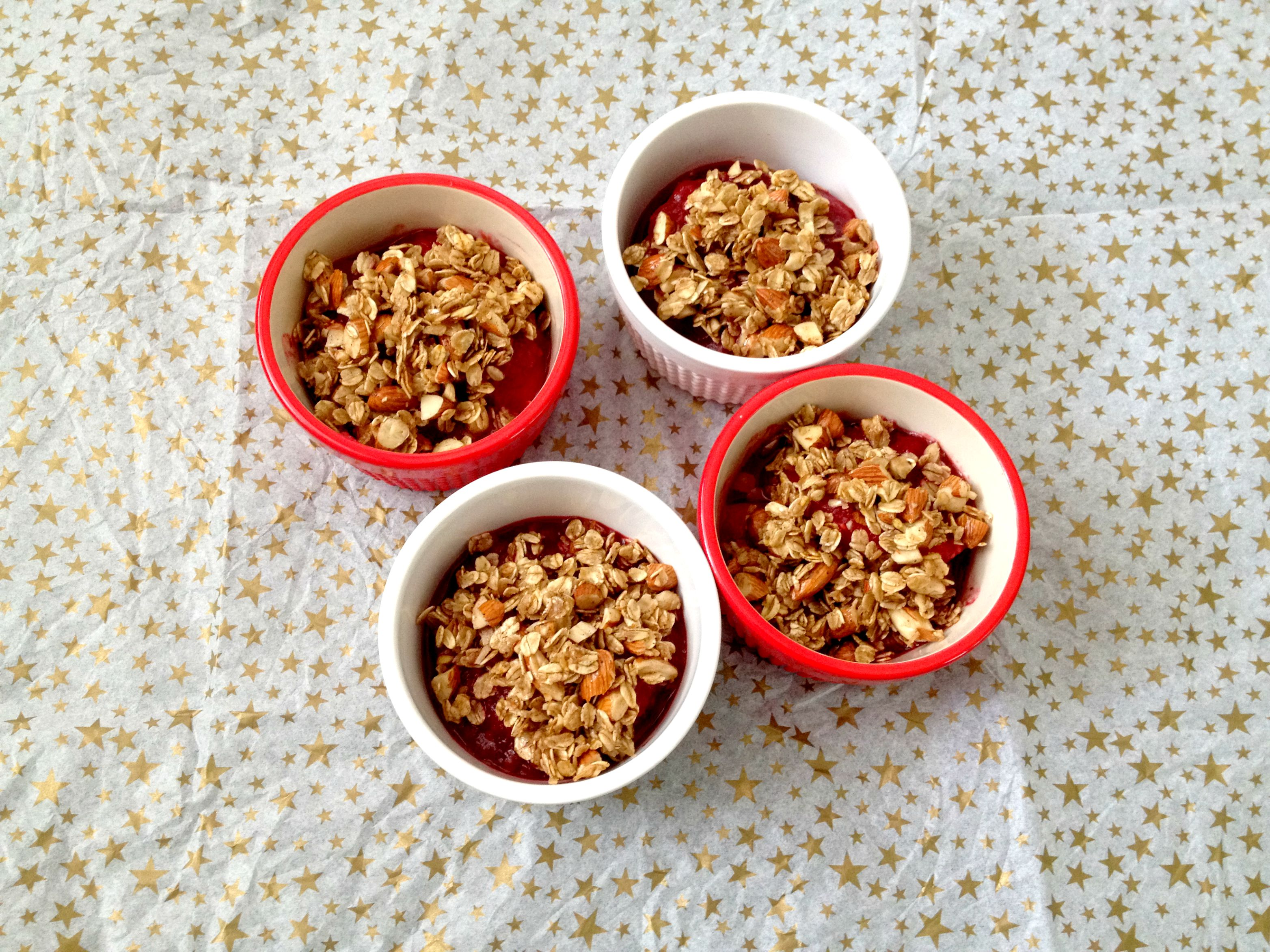 No-Bake Vegan Peach Raspberry Crumble - Chic Vegan