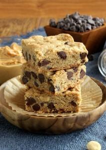 Peanut Butter Chocolate Crunch Bars 650 mini