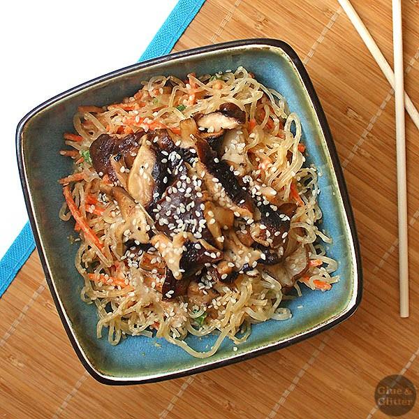 Sesame Shiitake Kelp Noodle Salad - Chic Vegan