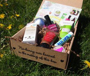 The April Vegan Cuts Beauty Box