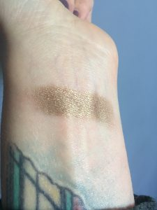 Glamour Dolls Backstage Eyeshadow swatch