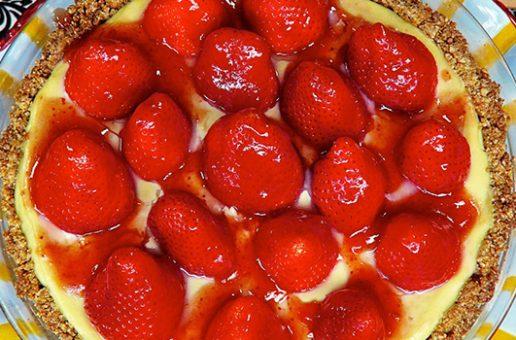 Laura Theodore's Strawberry Mountain Pie