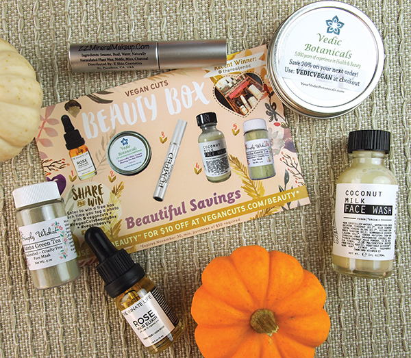 The October Vegan Beauty Box from Vegan Cuts is full products that are destined to be your new fall favorites!
