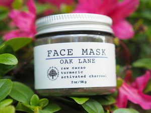 Franklin and Whitman Oak Lane Face Mask