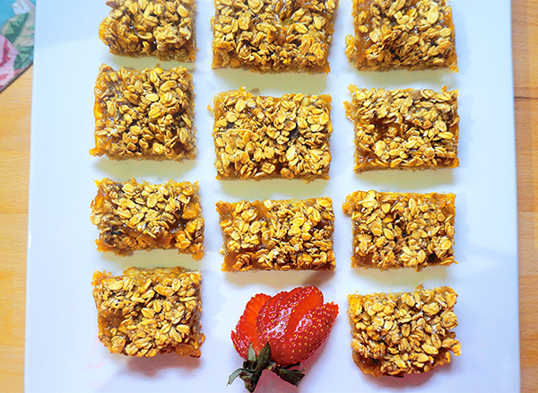Laura Theodore's Four-Ingredient Apricot Bars