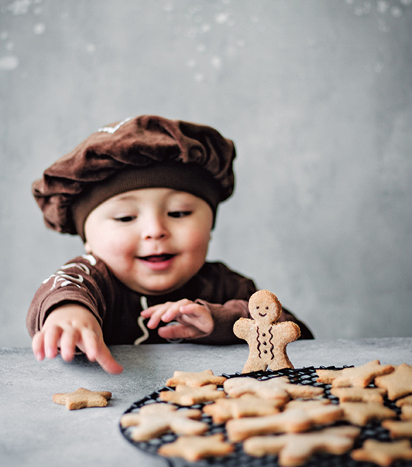 Gingerbread Cookies from Naturally Sweet Vegan Treats by Marisa Alvarsson