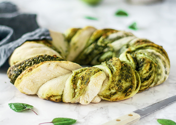 Pesto Bread from The Ultimate Vegan Breakfast Book by Nadine Horn and Jörg Mayer