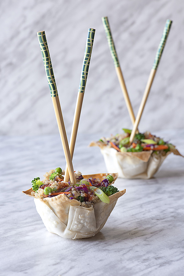 Wonton Bowls with Garlic